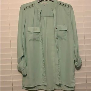 Mint Button up